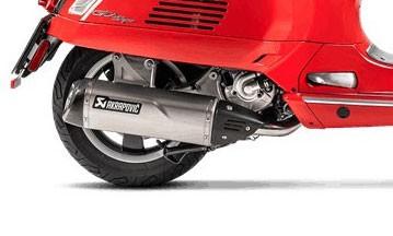 Akrapovic carbon heat shield VESPA GTS / GTV 250/300 / GTS 125/150 i.e. Super / Sei Giorni / HPE