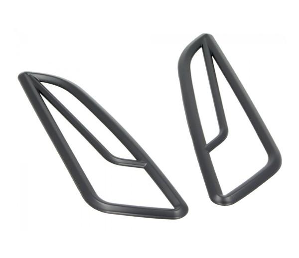 Indicator grille, front, black, for Vespa Primavera / Sprint 50-150